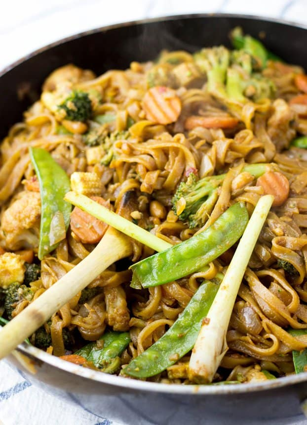 Easy-Vegetable-Stir-Fry-with-Creamy-Peanut-Sauce